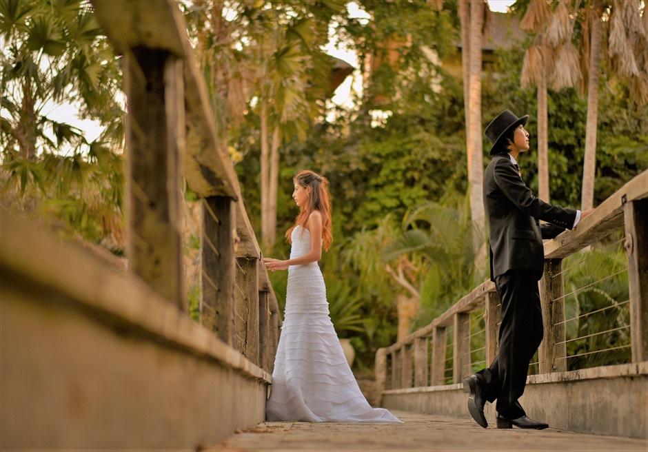バリ島フォト・ウェディング【サンセットタイム】/ カルマ・カンダラ/ リゾートを結ぶ長く美しいブリッジ