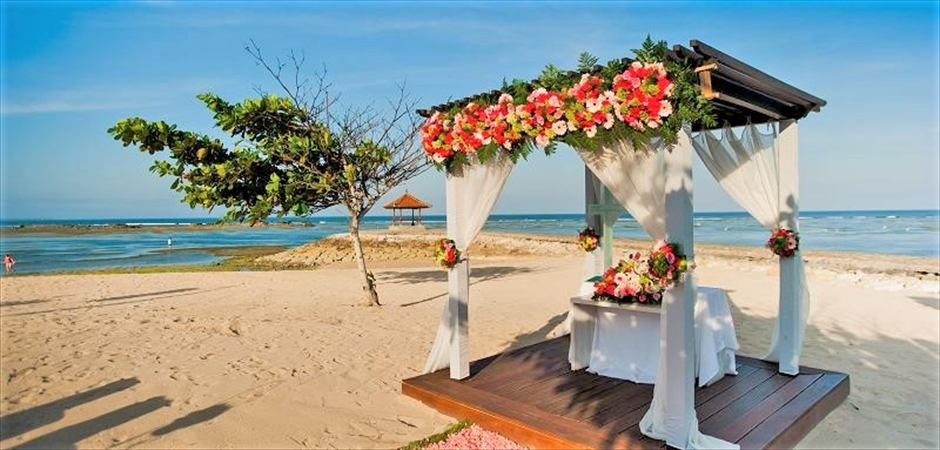 Kayumanis Nusa Dua <br>Beach Wedding for Two